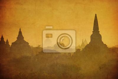 Постер Мьянма (Бирма) Винтаж изображения древних Баган, Мьянма.Мьянма (Бирма)<br>Постер на холсте или бумаге. Любого нужного вам размера. В раме или без. Подвес в комплекте. Трехслойная надежная упаковка. Доставим в любую точку России. Вам осталось только повесить картину на стену!<br>