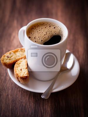 Чашку вкусного кофе и cantuccini, 20x27 см, на бумагеКофе<br>Постер на холсте или бумаге. Любого нужного вам размера. В раме или без. Подвес в комплекте. Трехслойная надежная упаковка. Доставим в любую точку России. Вам осталось только повесить картину на стену!<br>