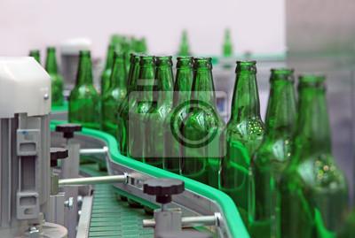 Постер Праздники Бутылки стеклянные для пива, 30x20 см, на бумаге11.19 День работника стекольной промышленности<br>Постер на холсте или бумаге. Любого нужного вам размера. В раме или без. Подвес в комплекте. Трехслойная надежная упаковка. Доставим в любую точку России. Вам осталось только повесить картину на стену!<br>