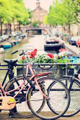 Постер Нидерланды Балконы АмстердамаНидерланды<br>Постер на холсте или бумаге. Любого нужного вам размера. В раме или без. Подвес в комплекте. Трехслойная надежная упаковка. Доставим в любую точку России. Вам осталось только повесить картину на стену!<br>