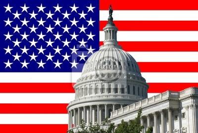Постер Вашингтон Американский капитал здание с фоне американского флагаВашингтон<br>Постер на холсте или бумаге. Любого нужного вам размера. В раме или без. Подвес в комплекте. Трехслойная надежная упаковка. Доставим в любую точку России. Вам осталось только повесить картину на стену!<br>