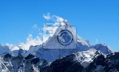 Постер Непал Непал, Everest Области, Т. Ама-ДабламНепал<br>Постер на холсте или бумаге. Любого нужного вам размера. В раме или без. Подвес в комплекте. Трехслойная надежная упаковка. Доставим в любую точку России. Вам осталось только повесить картину на стену!<br>