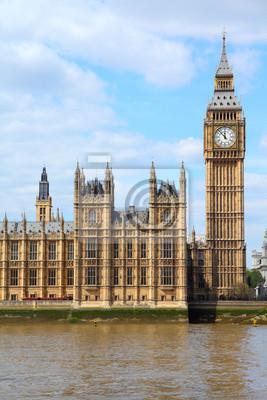 Постер Лондон Лондон - Биг-БенЛондон<br>Постер на холсте или бумаге. Любого нужного вам размера. В раме или без. Подвес в комплекте. Трехслойная надежная упаковка. Доставим в любую точку России. Вам осталось только повесить картину на стену!<br>