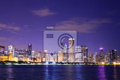 Постер Чикаго Чикаго в НочьЧикаго<br>Постер на холсте или бумаге. Любого нужного вам размера. В раме или без. Подвес в комплекте. Трехслойная надежная упаковка. Доставим в любую точку России. Вам осталось только повесить картину на стену!<br>