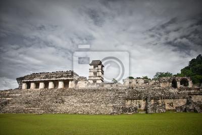 Постер Мехико Руины Майя на сайте в Паленке, в Мексике.Мехико<br>Постер на холсте или бумаге. Любого нужного вам размера. В раме или без. Подвес в комплекте. Трехслойная надежная упаковка. Доставим в любую точку России. Вам осталось только повесить картину на стену!<br>