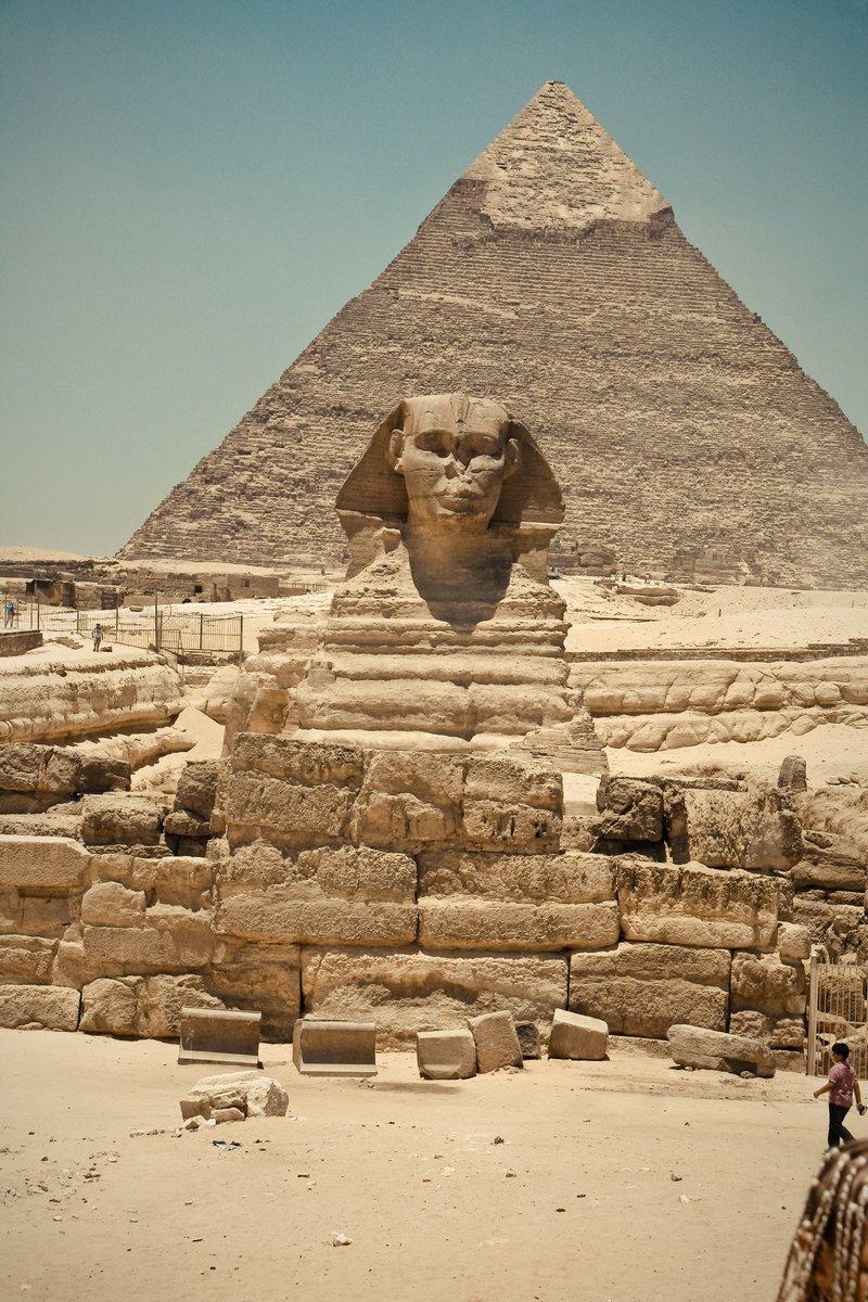 Постер Архитектура Постер 43381380, 20x30 см, на бумагеЕгипетские пирамиды<br>Постер на холсте или бумаге. Любого нужного вам размера. В раме или без. Подвес в комплекте. Трехслойная надежная упаковка. Доставим в любую точку России. Вам осталось только повесить картину на стену!<br>