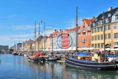 Постер Дания Копенгаген, NyhavnДания<br>Постер на холсте или бумаге. Любого нужного вам размера. В раме или без. Подвес в комплекте. Трехслойная надежная упаковка. Доставим в любую точку России. Вам осталось только повесить картину на стену!<br>