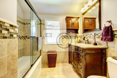 Постер Салон сантехники Хорошая ванная комната с естественными каменными плитами и деревом кабинет.Салон сантехники<br>Постер на холсте или бумаге. Любого нужного вам размера. В раме или без. Подвес в комплекте. Трехслойная надежная упаковка. Доставим в любую точку России. Вам осталось только повесить картину на стену!<br>