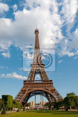 Постер Париж Эйфелева Башня в Париже, ФранцияПариж<br>Постер на холсте или бумаге. Любого нужного вам размера. В раме или без. Подвес в комплекте. Трехслойная надежная упаковка. Доставим в любую точку России. Вам осталось только повесить картину на стену!<br>