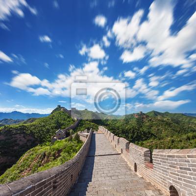 Постер Пекин Великая китайская Стена в Солнечный ДеньПекин<br>Постер на холсте или бумаге. Любого нужного вам размера. В раме или без. Подвес в комплекте. Трехслойная надежная упаковка. Доставим в любую точку России. Вам осталось только повесить картину на стену!<br>