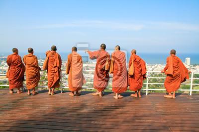 """Постер Лаос """"Группа монах, стоя на позиции Хуахин горы"""" от Artwall"""