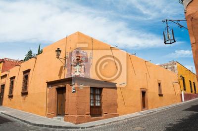 Постер Мехико Сан-Мигель-Де-Альенде, Гуанахуато (Мексика)Мехико<br>Постер на холсте или бумаге. Любого нужного вам размера. В раме или без. Подвес в комплекте. Трехслойная надежная упаковка. Доставим в любую точку России. Вам осталось только повесить картину на стену!<br>