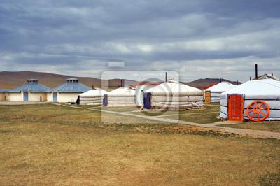 Постер Монголия Белый монгольских юртах в Пустыне ГобиМонголия<br>Постер на холсте или бумаге. Любого нужного вам размера. В раме или без. Подвес в комплекте. Трехслойная надежная упаковка. Доставим в любую точку России. Вам осталось только повесить картину на стену!<br>