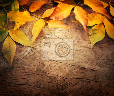Постер Осень Осенью фонаОсень<br>Постер на холсте или бумаге. Любого нужного вам размера. В раме или без. Подвес в комплекте. Трехслойная надежная упаковка. Доставим в любую точку России. Вам осталось только повесить картину на стену!<br>