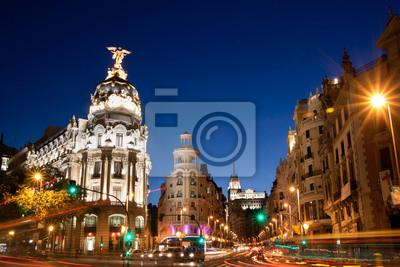 Постер Мадрид Gran Via, Мадрид, Испания, Европа.Мадрид<br>Постер на холсте или бумаге. Любого нужного вам размера. В раме или без. Подвес в комплекте. Трехслойная надежная упаковка. Доставим в любую точку России. Вам осталось только повесить картину на стену!<br>