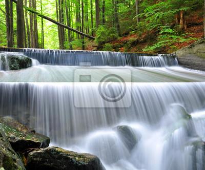 Постер Водопады Красивые водопады в Баварский Лес-ГерманияВодопады<br>Постер на холсте или бумаге. Любого нужного вам размера. В раме или без. Подвес в комплекте. Трехслойная надежная упаковка. Доставим в любую точку России. Вам осталось только повесить картину на стену!<br>