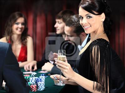 Игроков в покер за столом в казино, 27x20 см, на бумагеКазино<br>Постер на холсте или бумаге. Любого нужного вам размера. В раме или без. Подвес в комплекте. Трехслойная надежная упаковка. Доставим в любую точку России. Вам осталось только повесить картину на стену!<br>