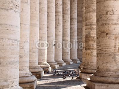 Постер Ватикан Гранди колонну Аль VaticanoВатикан<br>Постер на холсте или бумаге. Любого нужного вам размера. В раме или без. Подвес в комплекте. Трехслойная надежная упаковка. Доставим в любую точку России. Вам осталось только повесить картину на стену!<br>