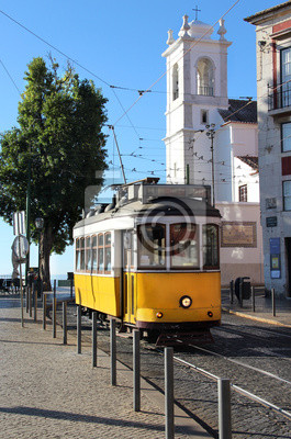 Постер Города и карты Лиссабон трамвай, 20x30 см, на бумагеЛиссабон<br>Постер на холсте или бумаге. Любого нужного вам размера. В раме или без. Подвес в комплекте. Трехслойная надежная упаковка. Доставим в любую точку России. Вам осталось только повесить картину на стену!<br>