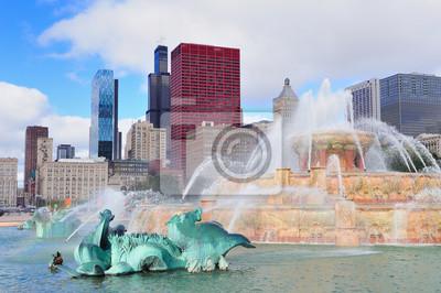Постер Чикаго Чикаго Букингемский фонтанЧикаго<br>Постер на холсте или бумаге. Любого нужного вам размера. В раме или без. Подвес в комплекте. Трехслойная надежная упаковка. Доставим в любую точку России. Вам осталось только повесить картину на стену!<br>