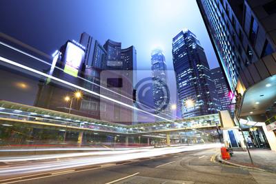 Постер Города и карты Трафик в город ночью, 30x20 см, на бумагеГонконг<br>Постер на холсте или бумаге. Любого нужного вам размера. В раме или без. Подвес в комплекте. Трехслойная надежная упаковка. Доставим в любую точку России. Вам осталось только повесить картину на стену!<br>