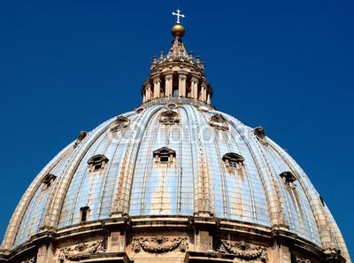 Постер Ватикан Купол di San Pietro al VaticanoВатикан<br>Постер на холсте или бумаге. Любого нужного вам размера. В раме или без. Подвес в комплекте. Трехслойная надежная упаковка. Доставим в любую точку России. Вам осталось только повесить картину на стену!<br>