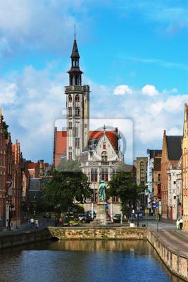 Постер Брюгге Брюгге, средневековый город в БельгииБрюгге<br>Постер на холсте или бумаге. Любого нужного вам размера. В раме или без. Подвес в комплекте. Трехслойная надежная упаковка. Доставим в любую точку России. Вам осталось только повесить картину на стену!<br>
