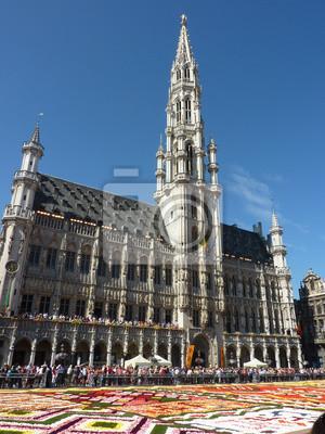 Постер Брюссель Цветочный ковер на Гранд-Плас в Брюсселе (август 2012 г.)Брюссель<br>Постер на холсте или бумаге. Любого нужного вам размера. В раме или без. Подвес в комплекте. Трехслойная надежная упаковка. Доставим в любую точку России. Вам осталось только повесить картину на стену!<br>