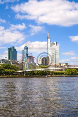 Постер Франкфурт Франкфурт, ГерманияФранкфурт<br>Постер на холсте или бумаге. Любого нужного вам размера. В раме или без. Подвес в комплекте. Трехслойная надежная упаковка. Доставим в любую точку России. Вам осталось только повесить картину на стену!<br>