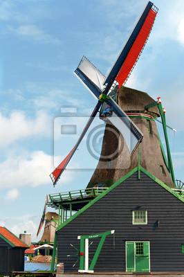 Типичная голландская мельница, 20x30 см, на бумагеАмстердам<br>Постер на холсте или бумаге. Любого нужного вам размера. В раме или без. Подвес в комплекте. Трехслойная надежная упаковка. Доставим в любую точку России. Вам осталось только повесить картину на стену!<br>