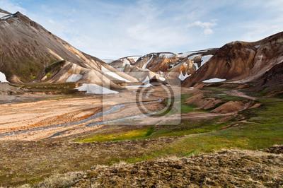 Постер Вулканы Захватывающий Landmannalaugar горы, ИсландияВулканы<br>Постер на холсте или бумаге. Любого нужного вам размера. В раме или без. Подвес в комплекте. Трехслойная надежная упаковка. Доставим в любую точку России. Вам осталось только повесить картину на стену!<br>