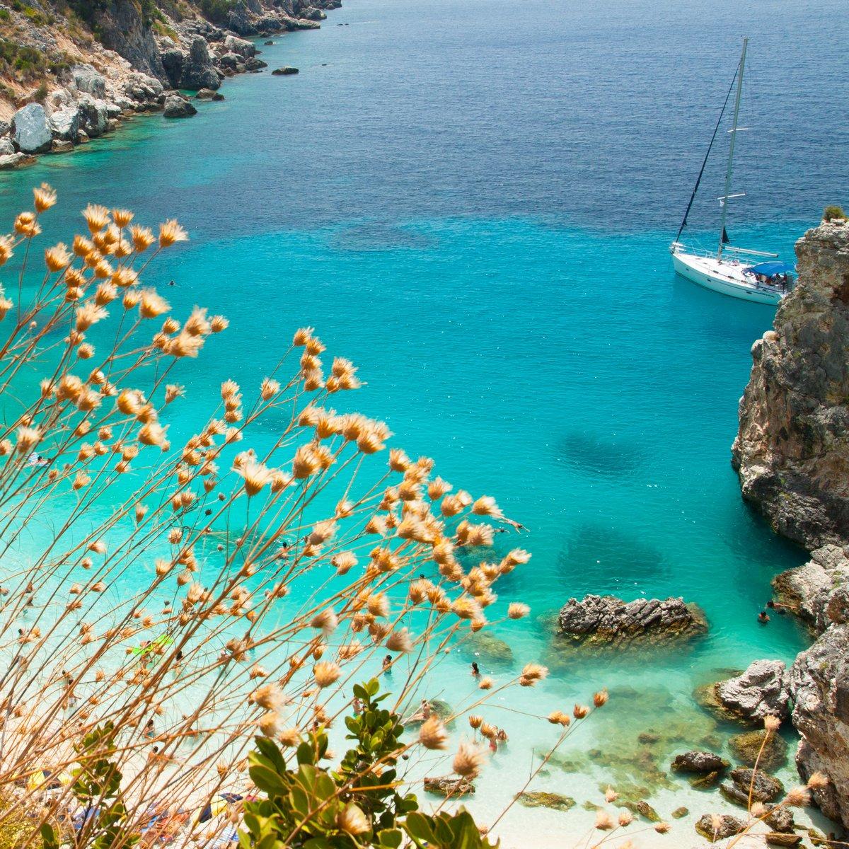 Постер Греция Прекрасный вид на Agiofili пляж, Lefkada, ГрецияГреция<br>Постер на холсте или бумаге. Любого нужного вам размера. В раме или без. Подвес в комплекте. Трехслойная надежная упаковка. Доставим в любую точку России. Вам осталось только повесить картину на стену!<br>
