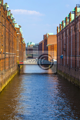 Постер Гамбург Speicherstadt в Гамбурге, 20x30 см, на бумагеГамбург<br>Постер на холсте или бумаге. Любого нужного вам размера. В раме или без. Подвес в комплекте. Трехслойная надежная упаковка. Доставим в любую точку России. Вам осталось только повесить картину на стену!<br>
