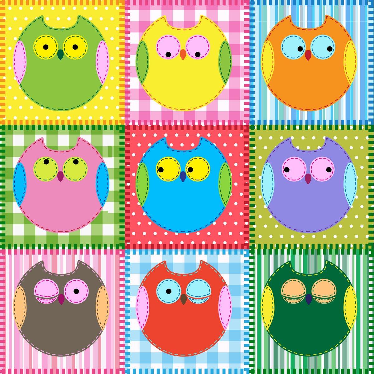 Постер Дизайнерские обои для детской Лоскутное фон с разноцветными совДизайнерские обои для детской<br>Постер на холсте или бумаге. Любого нужного вам размера. В раме или без. Подвес в комплекте. Трехслойная надежная упаковка. Доставим в любую точку России. Вам осталось только повесить картину на стену!<br>