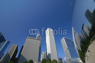 Постер Чикаго Отражение Чикаго SkylineЧикаго<br>Постер на холсте или бумаге. Любого нужного вам размера. В раме или без. Подвес в комплекте. Трехслойная надежная упаковка. Доставим в любую точку России. Вам осталось только повесить картину на стену!<br>