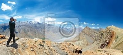 Постер Непал Панорама Индия, Гималаи и горыНепал<br>Постер на холсте или бумаге. Любого нужного вам размера. В раме или без. Подвес в комплекте. Трехслойная надежная упаковка. Доставим в любую точку России. Вам осталось только повесить картину на стену!<br>