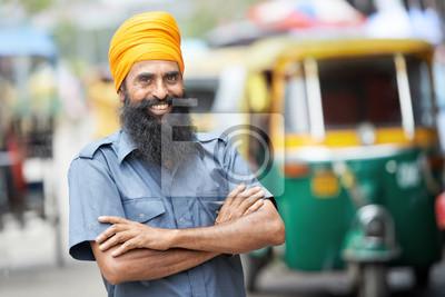 Постер Страны Индийский авто рикша тут-тук водителем, 30x20 см, на бумагеИндия<br>Постер на холсте или бумаге. Любого нужного вам размера. В раме или без. Подвес в комплекте. Трехслойная надежная упаковка. Доставим в любую точку России. Вам осталось только повесить картину на стену!<br>