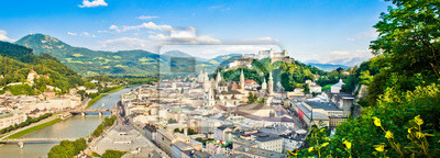Постер Австрия Панорамный вид на Зальцбург, АвстрияАвстрия<br>Постер на холсте или бумаге. Любого нужного вам размера. В раме или без. Подвес в комплекте. Трехслойная надежная упаковка. Доставим в любую точку России. Вам осталось только повесить картину на стену!<br>