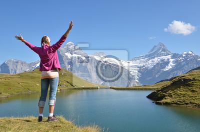 Постер Альпинизм Путешественник против швейцарских АльпахАльпинизм<br>Постер на холсте или бумаге. Любого нужного вам размера. В раме или без. Подвес в комплекте. Трехслойная надежная упаковка. Доставим в любую точку России. Вам осталось только повесить картину на стену!<br>