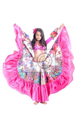 Постер Деятельность Девочка танцует цыганский танец, 20x30 см, на бумагеТанец<br>Постер на холсте или бумаге. Любого нужного вам размера. В раме или без. Подвес в комплекте. Трехслойная надежная упаковка. Доставим в любую точку России. Вам осталось только повесить картину на стену!<br>