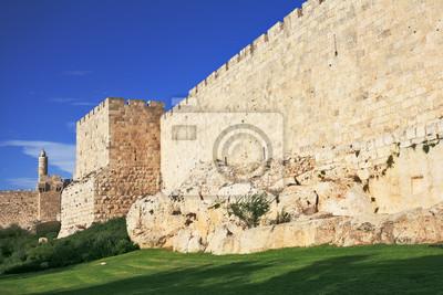 Постер Иерусалим Древние стены вечного ИерусалимаИерусалим<br>Постер на холсте или бумаге. Любого нужного вам размера. В раме или без. Подвес в комплекте. Трехслойная надежная упаковка. Доставим в любую точку России. Вам осталось только повесить картину на стену!<br>