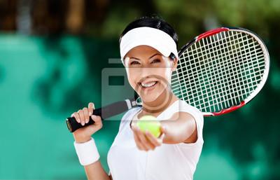 Постер Спорт Женщина в спортивной одежды служит Теннисный мяч. Турнир, 31x20 см, на бумагеБольшой теннис<br>Постер на холсте или бумаге. Любого нужного вам размера. В раме или без. Подвес в комплекте. Трехслойная надежная упаковка. Доставим в любую точку России. Вам осталось только повесить картину на стену!<br>