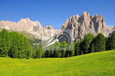 Постер Альпийский пейзаж Доломит пики, Rosengarten,Val di Fassa Италия, АльпыАльпийский пейзаж<br>Постер на холсте или бумаге. Любого нужного вам размера. В раме или без. Подвес в комплекте. Трехслойная надежная упаковка. Доставим в любую точку России. Вам осталось только повесить картину на стену!<br>