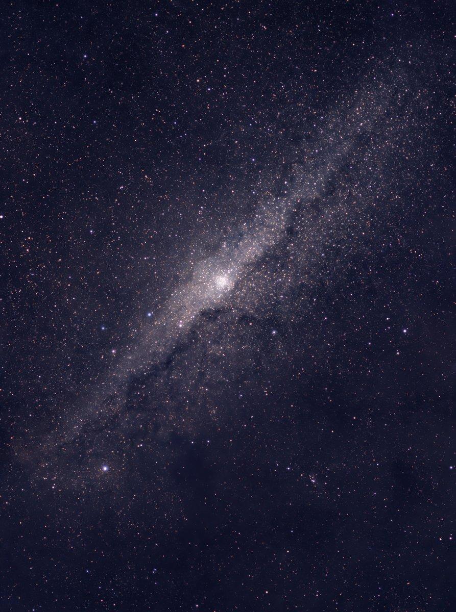 Постер Космос - разные постеры Другие галактикиКосмос - разные постеры<br>Постер на холсте или бумаге. Любого нужного вам размера. В раме или без. Подвес в комплекте. Трехслойная надежная упаковка. Доставим в любую точку России. Вам осталось только повесить картину на стену!<br>