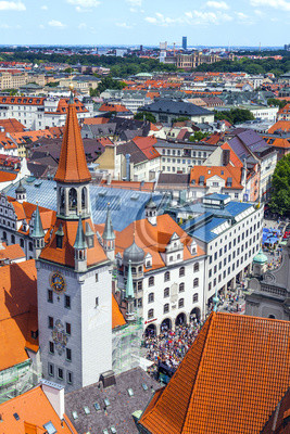 Постер Города и карты Вид с воздуха на Munich city center от башни старой, 20x30 см, на бумагеМюнхен<br>Постер на холсте или бумаге. Любого нужного вам размера. В раме или без. Подвес в комплекте. Трехслойная надежная упаковка. Доставим в любую точку России. Вам осталось только повесить картину на стену!<br>