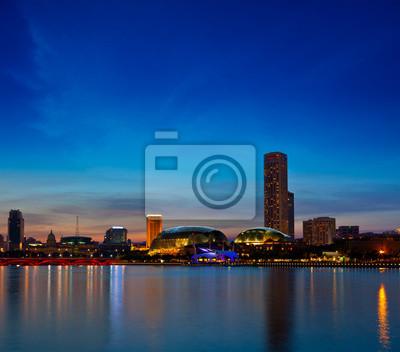 Постер Сингапур Сингапур skyline вечерСингапур<br>Постер на холсте или бумаге. Любого нужного вам размера. В раме или без. Подвес в комплекте. Трехслойная надежная упаковка. Доставим в любую точку России. Вам осталось только повесить картину на стену!<br>