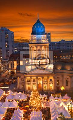 Постер Германия Berlin gendarmenmarkt Рождественский закатГермания<br>Постер на холсте или бумаге. Любого нужного вам размера. В раме или без. Подвес в комплекте. Трехслойная надежная упаковка. Доставим в любую точку России. Вам осталось только повесить картину на стену!<br>