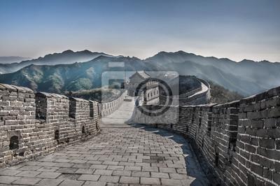 Постер Пекин Великая Стена в MutianyuПекин<br>Постер на холсте или бумаге. Любого нужного вам размера. В раме или без. Подвес в комплекте. Трехслойная надежная упаковка. Доставим в любую точку России. Вам осталось только повесить картину на стену!<br>
