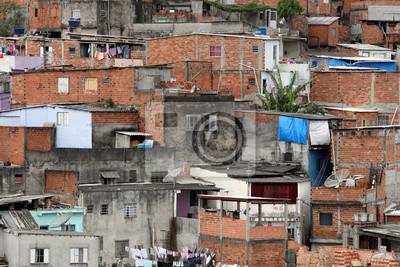 Постер Бразилия Трущоб, бедность в районе Сан-ПаулуБразилия<br>Постер на холсте или бумаге. Любого нужного вам размера. В раме или без. Подвес в комплекте. Трехслойная надежная упаковка. Доставим в любую точку России. Вам осталось только повесить картину на стену!<br>