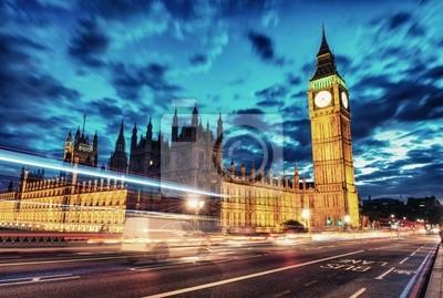 Постер Лондон Вестминстерский дворец с Биг-БеномЛондон<br>Постер на холсте или бумаге. Любого нужного вам размера. В раме или без. Подвес в комплекте. Трехслойная надежная упаковка. Доставим в любую точку России. Вам осталось только повесить картину на стену!<br>